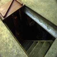 pogreb-v-garazhe