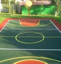 Современные резиновые покрытия и другие нюансы детской площадки